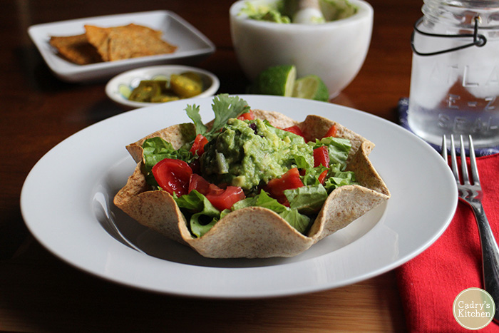Vegan taco salad with spicy black beans cadrys kitchen recipe image forumfinder Image collections