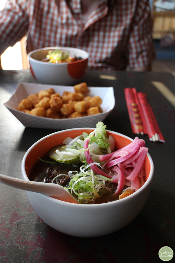 Plant-based options from Iowa's capital - highlights of vegan Des Moines. Here you'll find cruelty-free tacos, noodles, bowls, pizza, and more.
