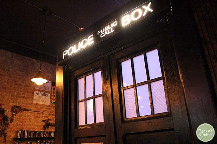 TARDIS bathroom at the Way Station.