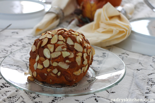 Vedged Out Cheeseball made from cashews