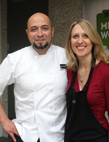 Cadry & Chef Roberto Martin in Gardein Kitchen.