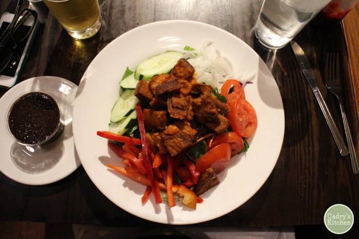 Buffalo chick'n ranch salad with cucumber at Chicago Diner.