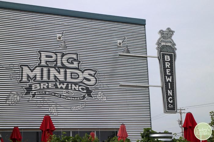 PIg Minds Brewing - an all-vegan brewery in Rockford, Illinois | cadryskitchen.com