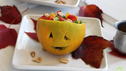 Start your Halloween dinner with this adorable jack o' lantern salad & Asian-style peanut dressing | cadryskitchen.com #vegan #glutenfree