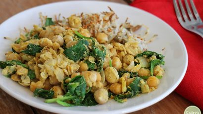 A deliciously hearty start to the day: Chickpea scramble & hashbrowns. Vegan & gluten-free.   cadryskitchen.com