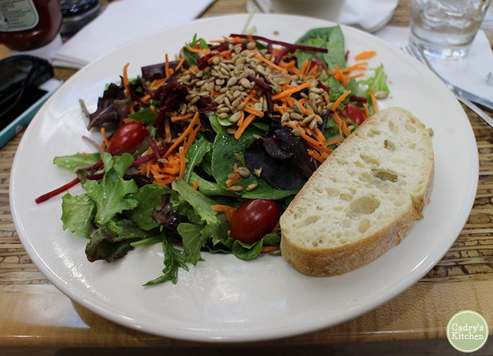 Vegan options in the Minneapolis Airport - French Meadow Bakery | cadryskitchen.com