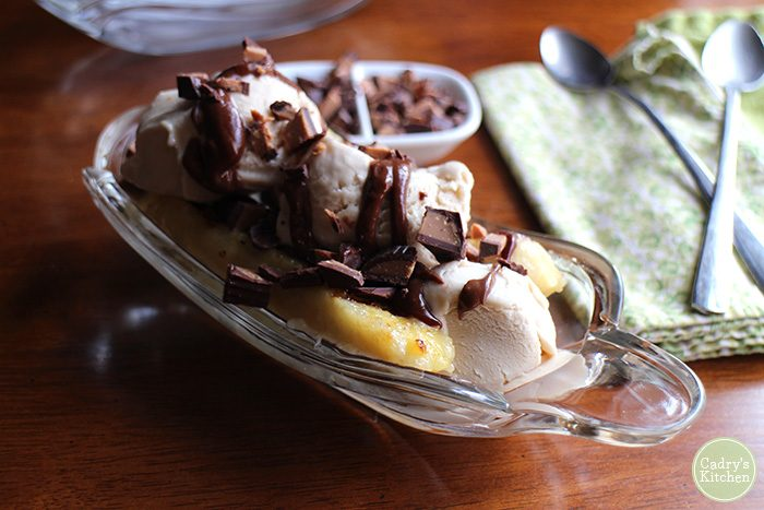 Grilled banana splits with peanut butter cup sauce | cadryskitchen.com