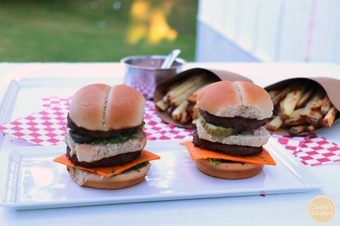 Mini Macs: These #vegan Big Mac sliders are made with two no-beef patties, special sauce, lettuce, cheese, pickles & onions on a miniature bun   cadryskitchen.com