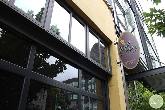 Vegan Travel: Highlights from Seattle, Washington | cadryskitchen.com