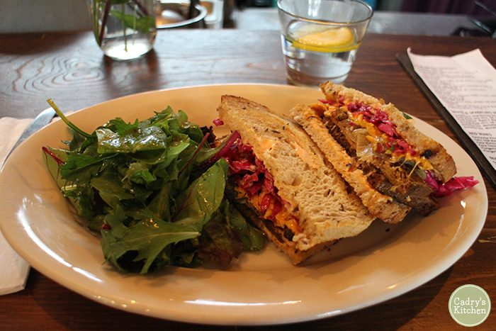 Vegan Travel: Highlights from Seattle, Washington | cadryskitchen.com
