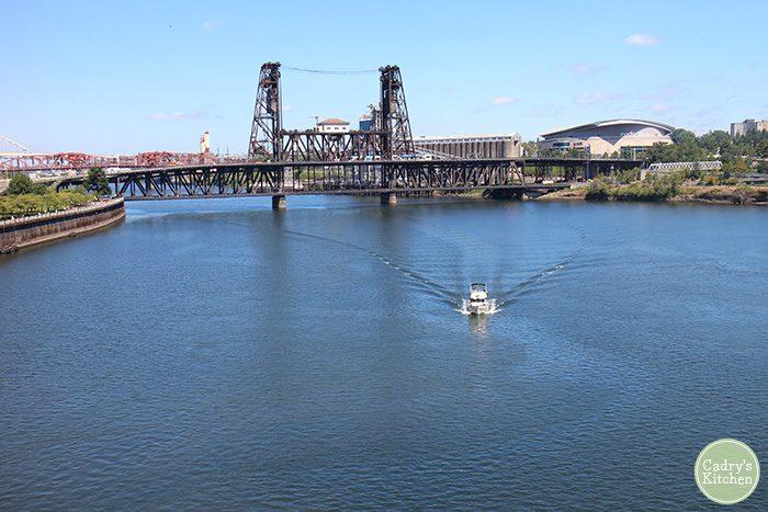 Boat on Wiliiamette River in Portland, Oregon.
