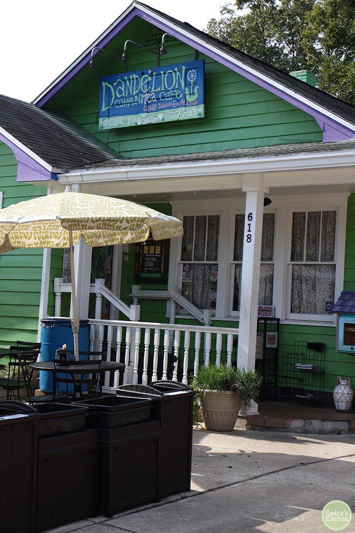 Dandelion Communitea Cafe: A vegetarian restaurant in Orlando, Florida | cadryskitchen.com