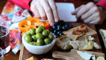 Warmed castelvetrano olives with lemon & garlic: A beautiful vegan, gluten-free appetizer | cadryskitchen.com