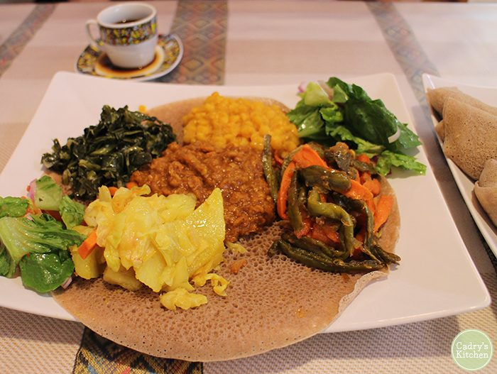 How to eat Ethiopian food + Nile Ethiopian restaurant in Coralville, Iowa. Lots of vegan options! | cadryskitchen.com