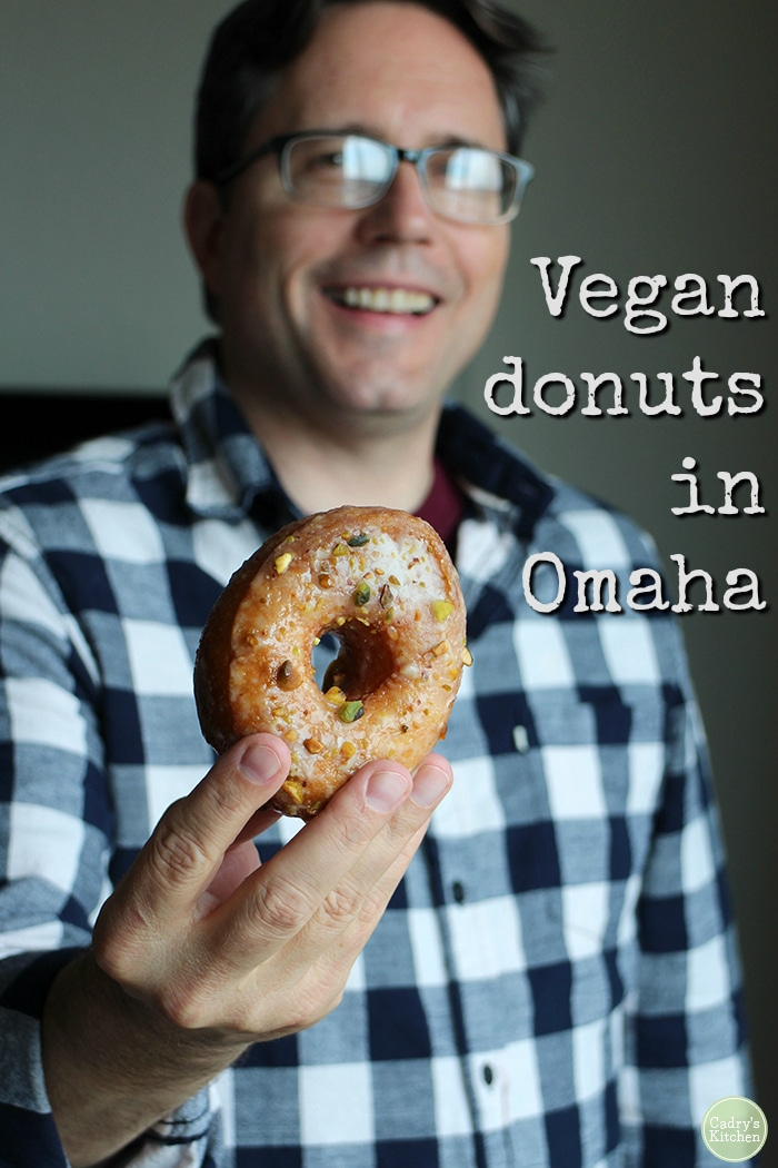 Vegan donuts Omaha. How to not go hungry as a vegan in Nebraska. Donuts from Hello Sugar, avocado toast at Farine + Four, and nachos at Modern Love. #travel #nebraska #omaha #vegan #donuts #vegetarian