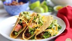 Jackfruit carnitas tacos on plate.