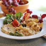 Brown rice bowl with cauliflower & hummus