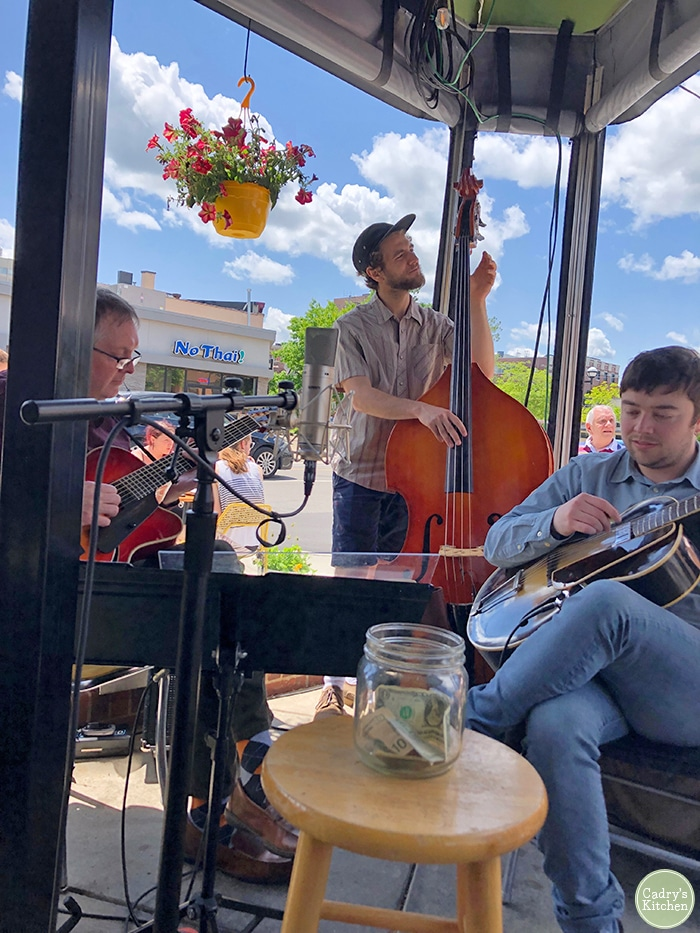 Musicians playing at jazz brunch at the Detroit Street Filling Station.