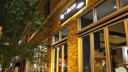 Exterior Fig and Farro at night in Uptown Minneapolis.