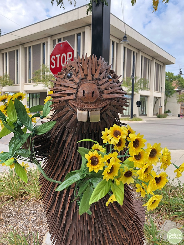 Porcupine statue in Mason City Iowa.