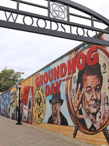 Groundhog Day mural in Woodstock, Illinois.