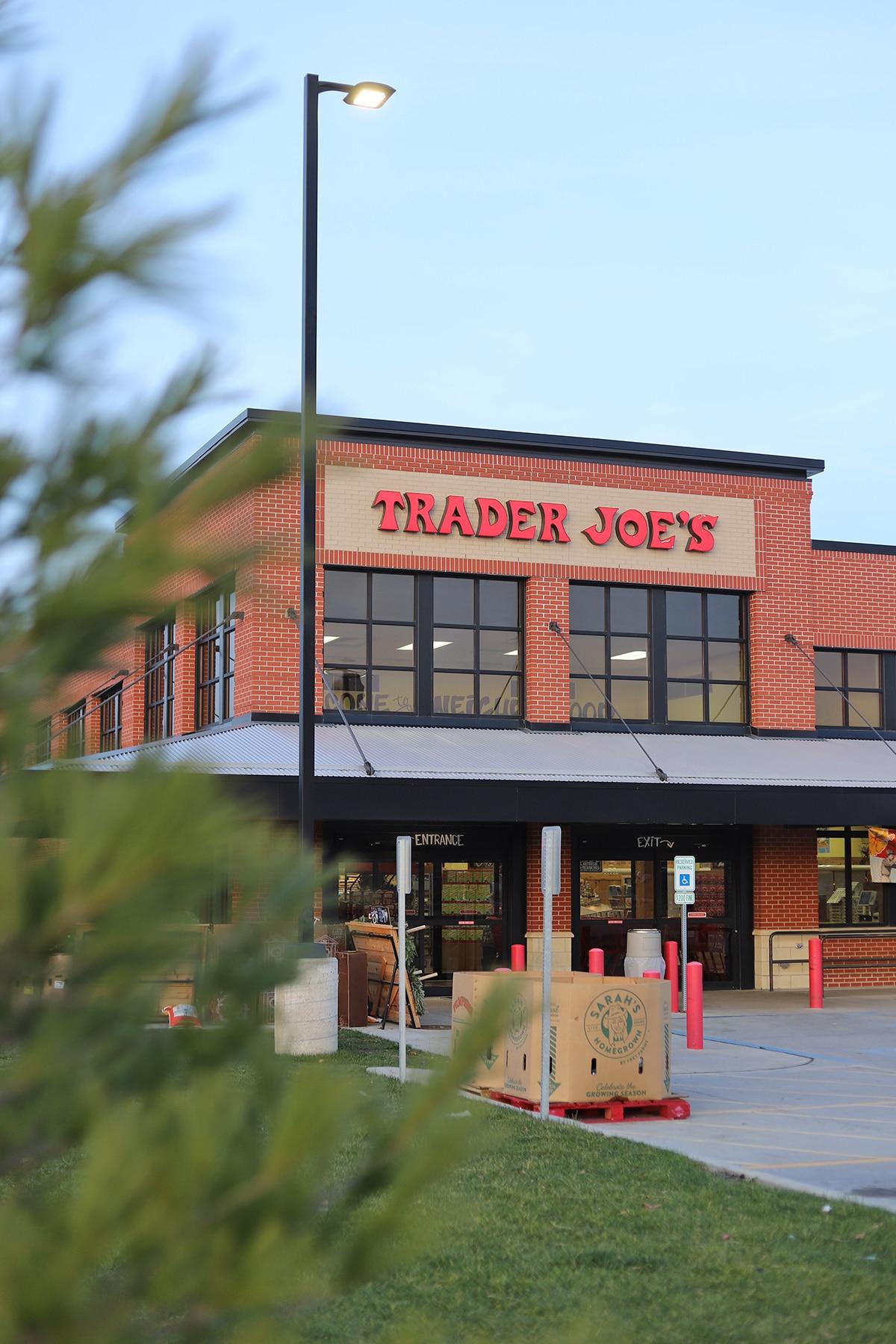 Exterior Trader Joe's.